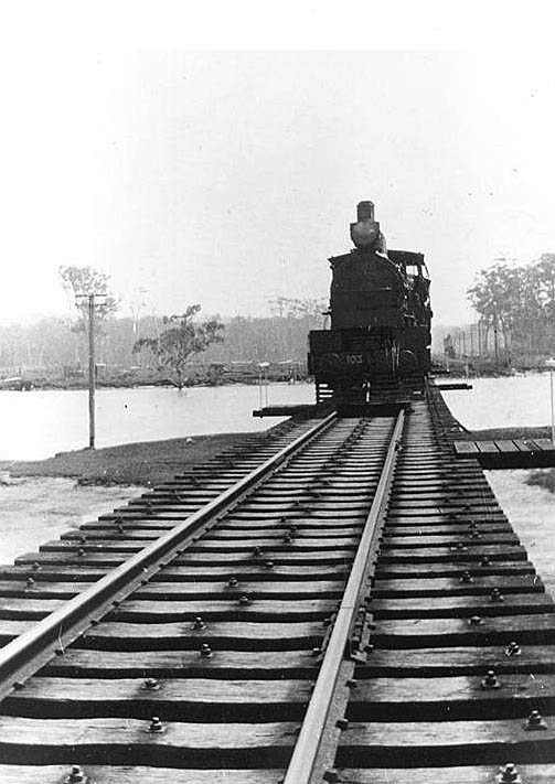 Photo: Structures 12 Currumbin Railway Bridge, Queensland, circa 1931 [picture] / Photographer unknown. Asset name LS-LSP-CD001-IMG0078