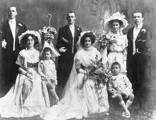 Photo: Events 9 Wedding portrait of an unidentified couple and their wedding party, southeast Queensland region, circa 1900s [picture] / Photographer unknown. Asset name LS-LSP-CD998-IMG0007