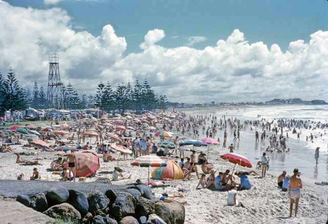 Photo: Beach 22 Crowded beach scene, Burleigh Heads, Queensland, circa 1959 [picture] / G. A. Black, photographer. Asset name LS-LSP-CD1009-IMG012
